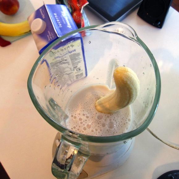 shake_banana