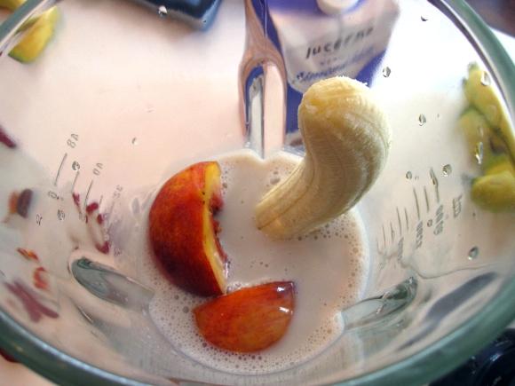 shake_peach_banana
