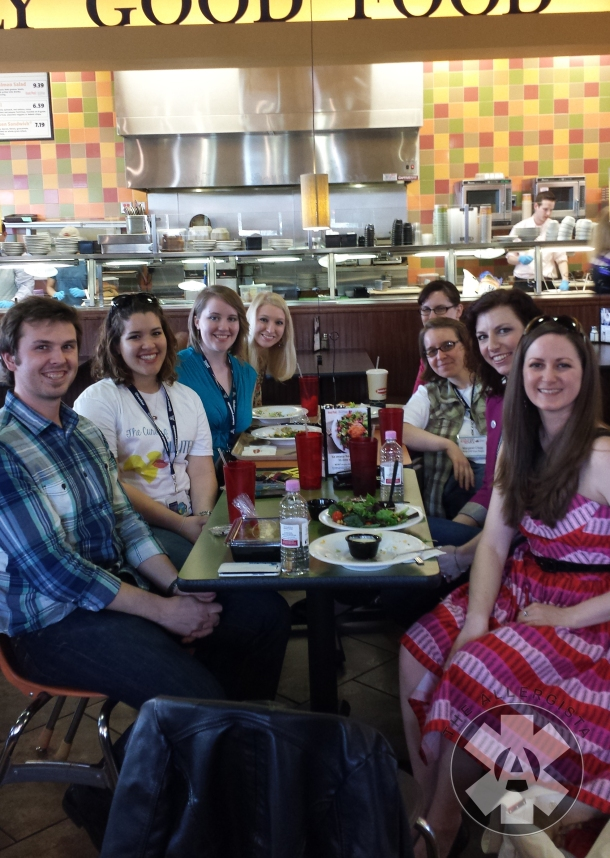 Not only did  I meet bloggers while walking around, but I met a whole bunch of them at Jason's Deli for lunch!